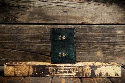 Бирюзовая обложка на паспорт из сыромятной кожи