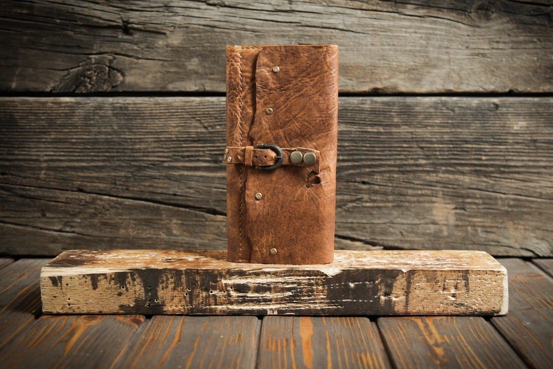 Женский коричневый кошелёк из сыромятной кожи