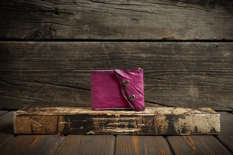 Розовый кошелёк из сыромятной кожи