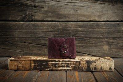 Бордовый кошелёк из сыромятной кожи