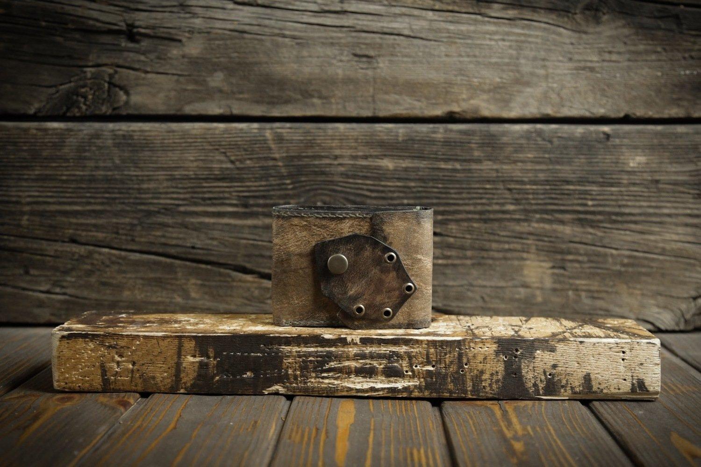 Коричневый кошелёк из сыромятной кожи