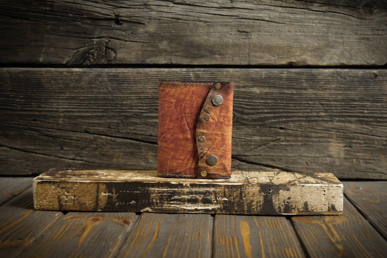 Оранжевая обложка на паспорт из сыромятной кожи