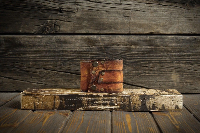 Оранжевый кошелёк из сыромятной кожи