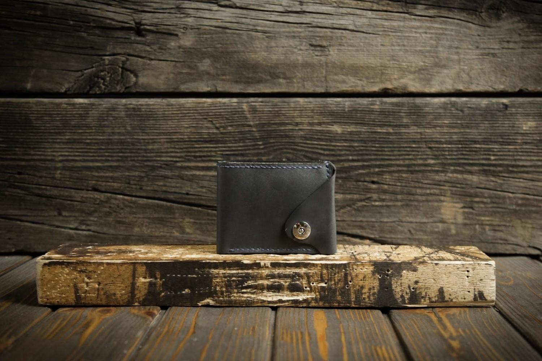Серый кошелёк из натуральной кожи