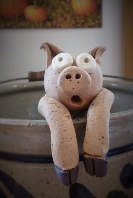 Pot Side Critter: Pig