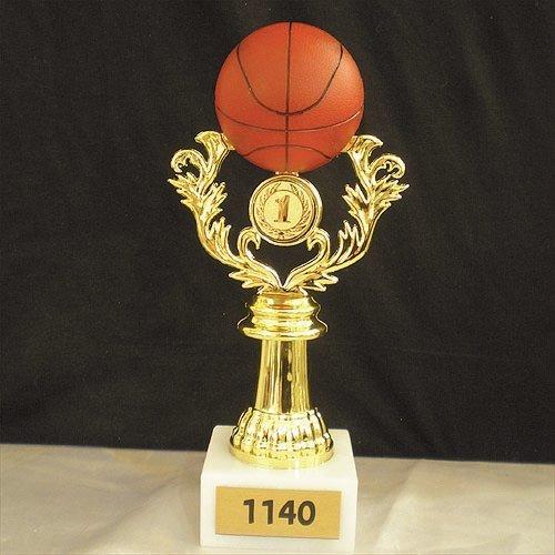 """פסלון כדורסל צבעוני גובה 21 ס""""מ כולל סמל והקדשה"""