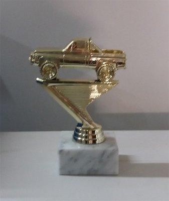 פסלון מכונית רכב שטח  זהב גובה 16 ס