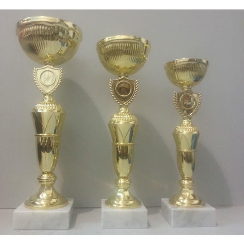 """גביע מתכת דגם 2794 צבע זהב גובה 26/28/31 ס""""מ  עם מקום לסמל ענף/לוגו כולל הקדשה"""