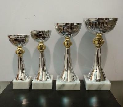 """דגם 2508 גביע מתכת צבע כסף-זהב כולל הקדשה גובה 20/22/24/26 ס""""מ מחיר החל מ"""