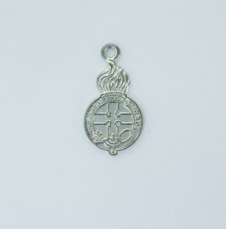 Silver Crest Pendant