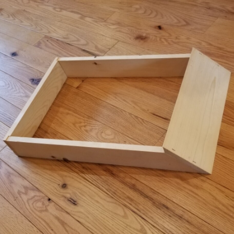 10 FR HIVE STAND (WHITE PINE)-On Farm Pickup Only