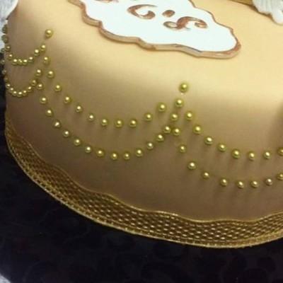 Cake Stamp by Etty Dvash Curtain Dot Surface Mat