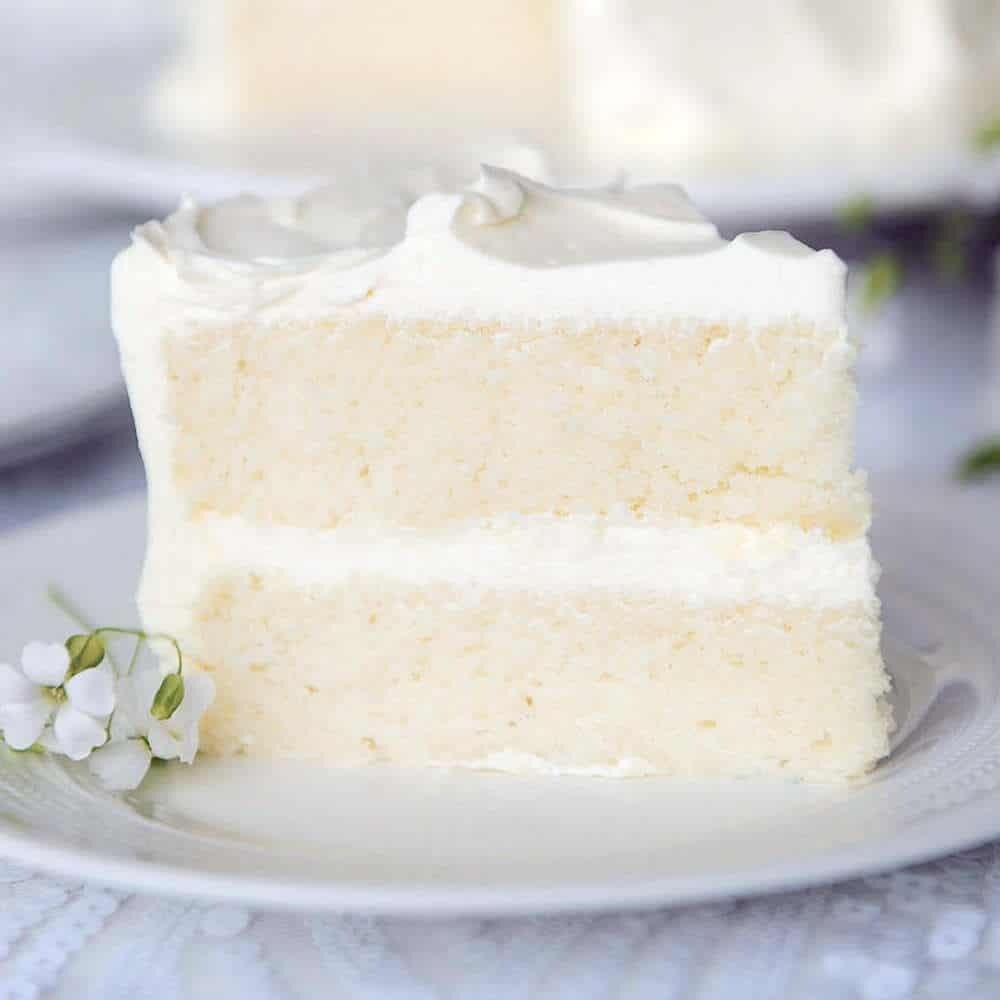 White Vanilla Baking Solutions Cake Mix 2.5 lbs