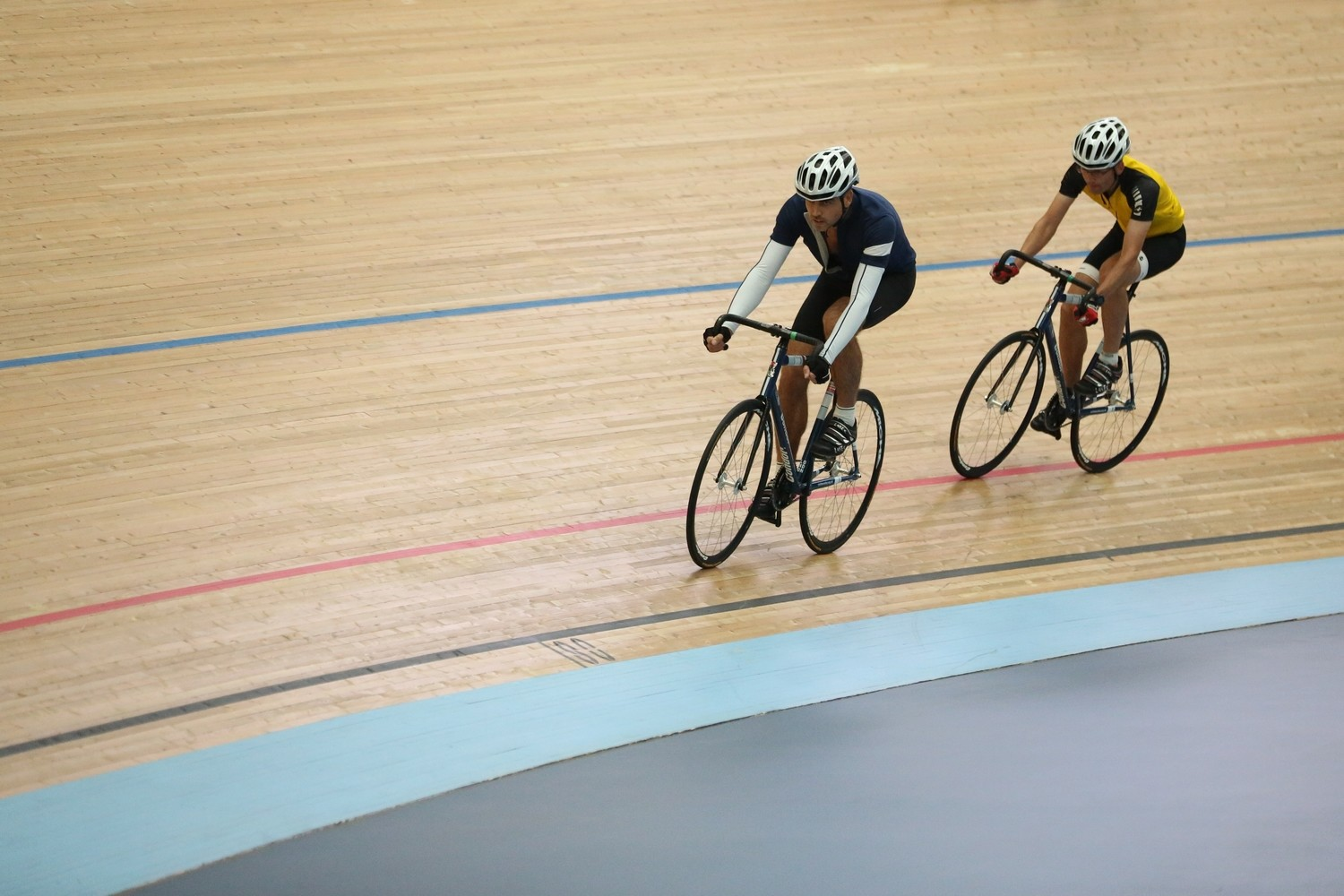 DEPOSIT: EXCLUSIVE TRACK CYCLING EXPERIENCE For up to 16 People