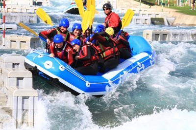 DEPOSIT: EXCLUSIVE WHITE WATER RAFTING SESSION WITH GB GOLD MEDALIST For 6 people