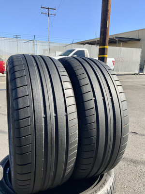 2 USED TIRES 235/45R18 Dunlop SP SPORT MAXX GT