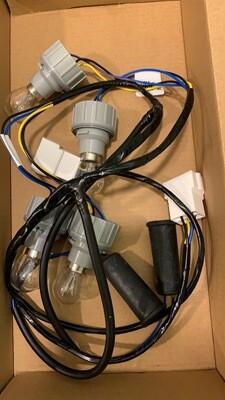 Жгут проводов с патронами для подфарников 21214 (нового образца) с 27-07-2009