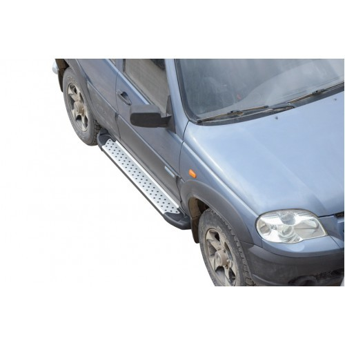 Пороги «Бумер» алюминиевые Chevrolet Niva (03.2009 -)/Lada Niva (07.2020 -),  Niva Travel