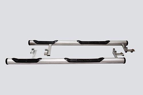 Пороги «Труба с проступью» с металл. заглушкой. Chevrolet Niva (- 03.2009)