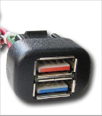 USB Разъём для Зарядки в автомобиле Шевроле Нива (Lada Niva с 2020 г.в.)