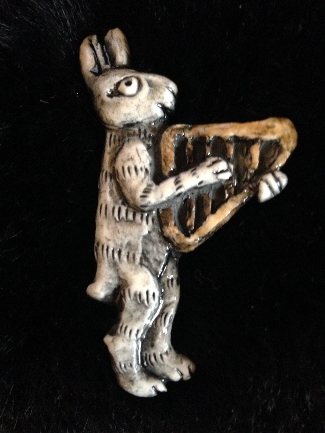 Hare & Harp Badge by Pretender to the Throne