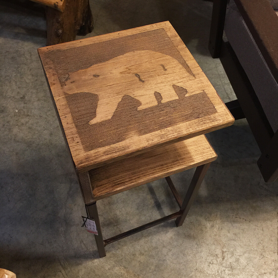 Iron Drink Table w/wooden shelf and bear top
