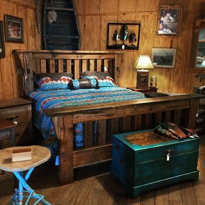 Stoney Brooke Royal Timber King Bed