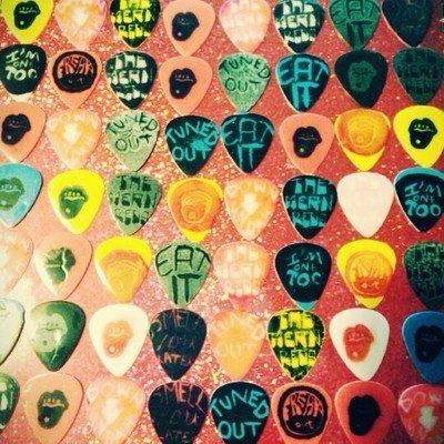 4 Handmade Guitar Picks
