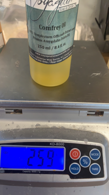 Comfrey Oil 250ml Voyageur