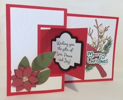 Fold open Cardinal Christmas card with Gift card insert