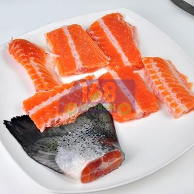 (仅限星期5,6供应)Salmon Bone  1.5LB 三文鱼骨 1.4-1.5LB