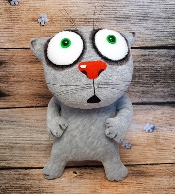 """Мягкая игрушка """"Испуганный котик"""""""