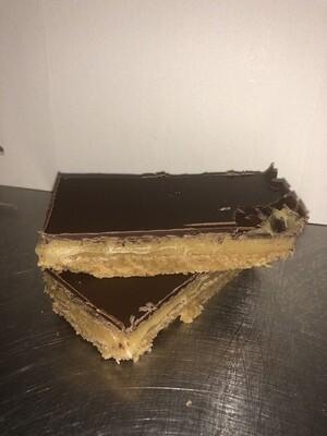 Millionaire Caramel Shortcake (2 slices)