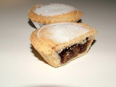 Shortcrust Christmas Pies (6)