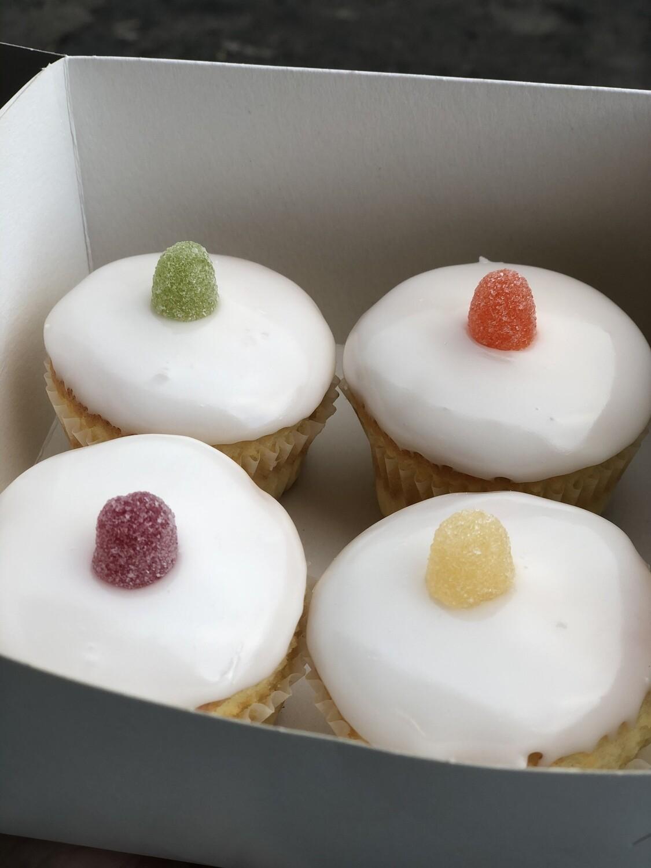 Iced Fairy Cake Sponges (4)