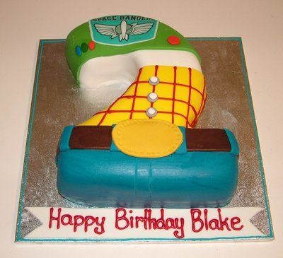 Toy story figure cake