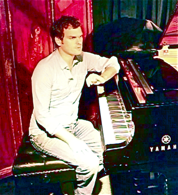 ANDREW McCORMACK (Piano)  1 Full Video