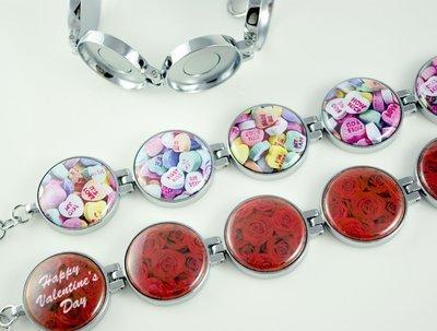 Artclix Valentine's Bracelet Buttons