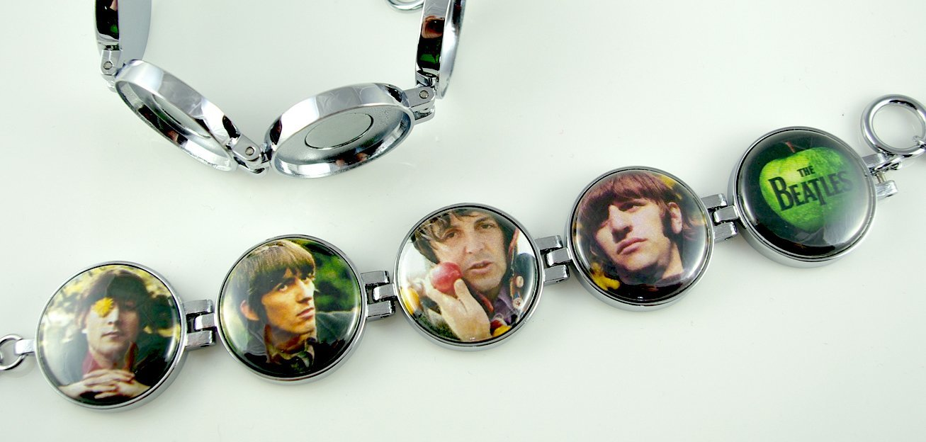 Artclix Beatles c. 1965 Bracelet Buttons