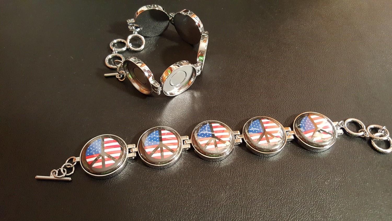 Artclix Peace Flag Bracelet Buttons