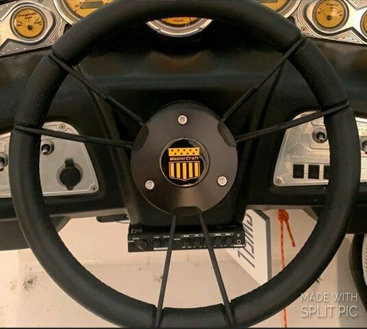 MasterCraft Steering Wheel domed decal