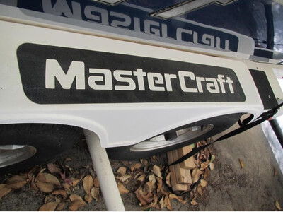 MasterCraft Non Slip Grip Decal for Trailers (2 included)