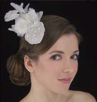 PETITE FEATHER HAT by LC BRIDAL