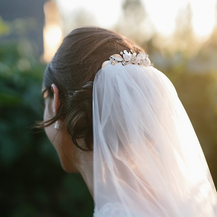 Bridal Veil Comb with Rhinestones by ENVOGUE ACCESSORIES