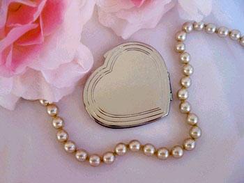 Heart Shape Compact