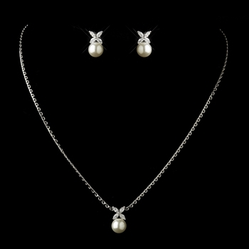 DW Pearl Necklace Set