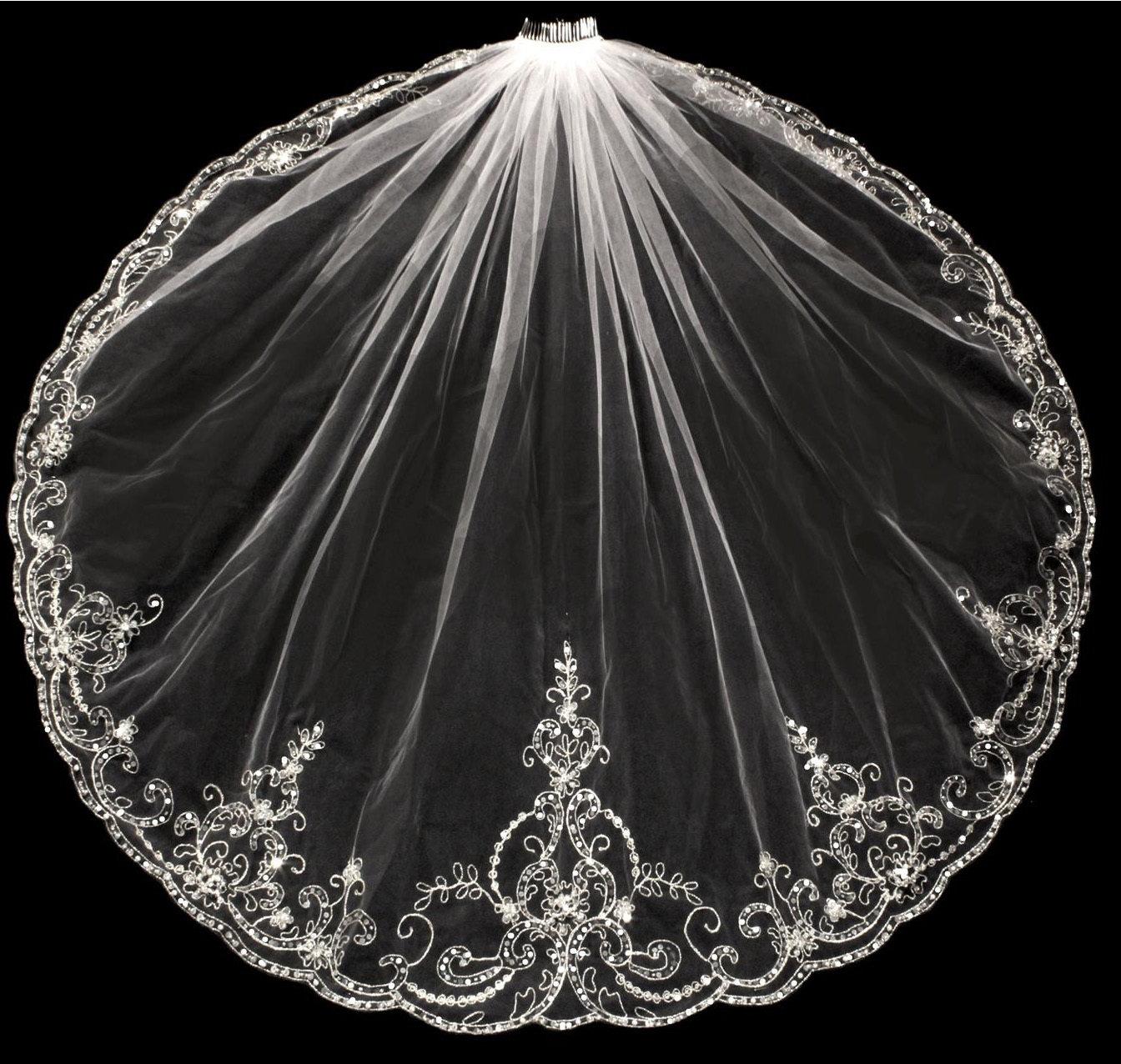 Exquisite Silver Thread Veil