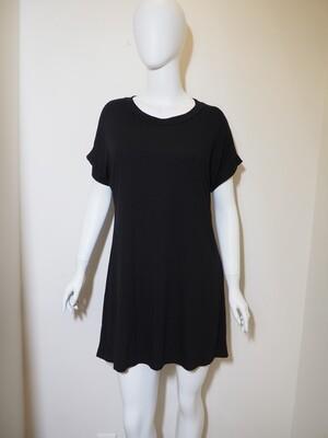 Φόρεμα κοντό με ζώνη μαύρο