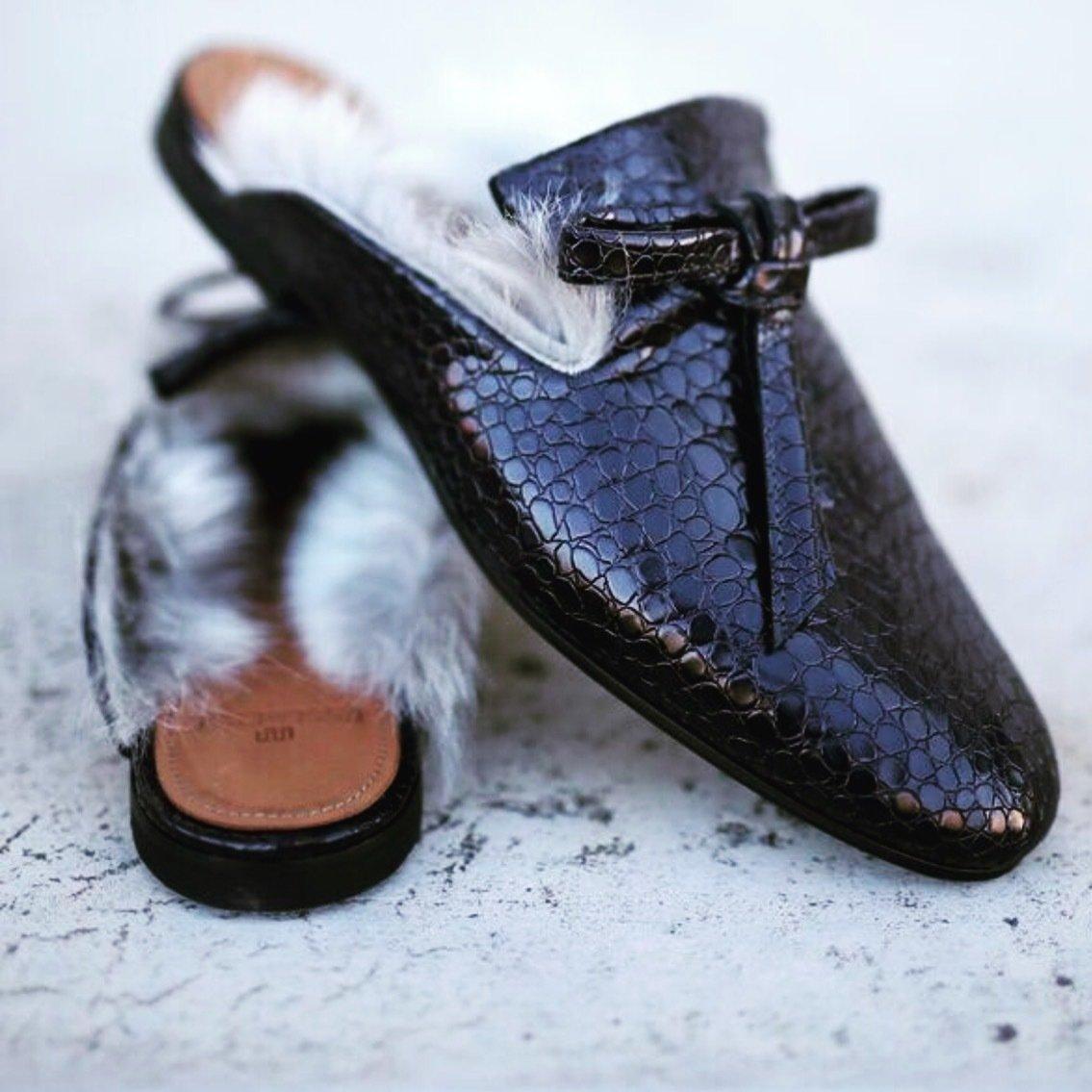 Fur Slide - BLACK
