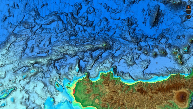 Cartografia  C-MAP Reveal -- MEDITERRANEO ORIENTALE, MAR CASPIO, MAR NERO.....